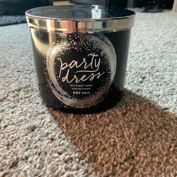 Party dress candle